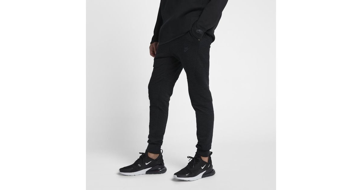 d021504c0a318b Nike Sportswear Tech Fleece Men s Joggers in Black for Men - Lyst