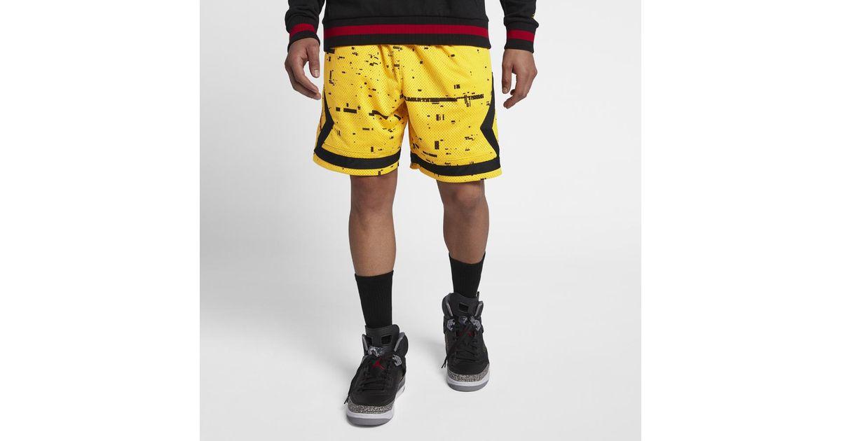 265681d8ce2 Nike Sportswear Last Shot Diamond Men's Shorts, By Nike in Yellow for Men -  Lyst