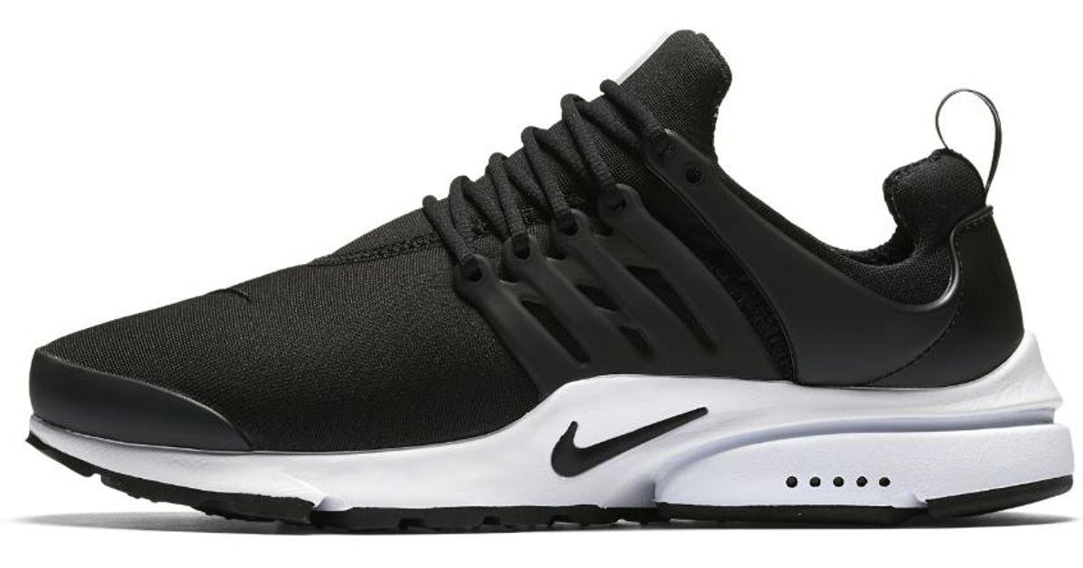 f0e704f749 Nike Air Presto Essential Men's Shoe in Black for Men - Lyst