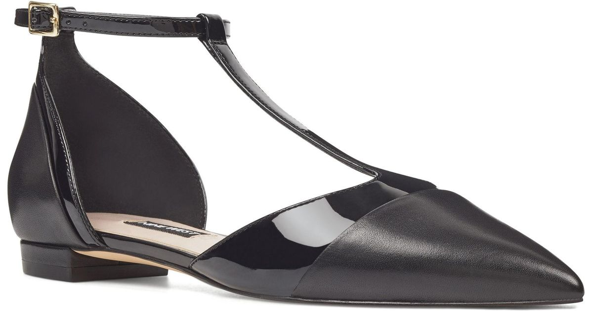 1d2f49c10c79 Lyst - Nine West Alasteigh T-strap Flats in Black