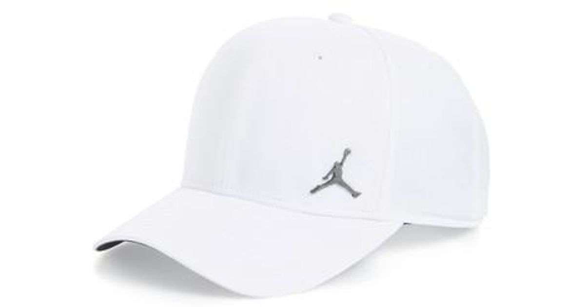 bbfd16deeb5 Nike Jordan Jumpman Classic 99 Baseball Cap in White for Men - Lyst