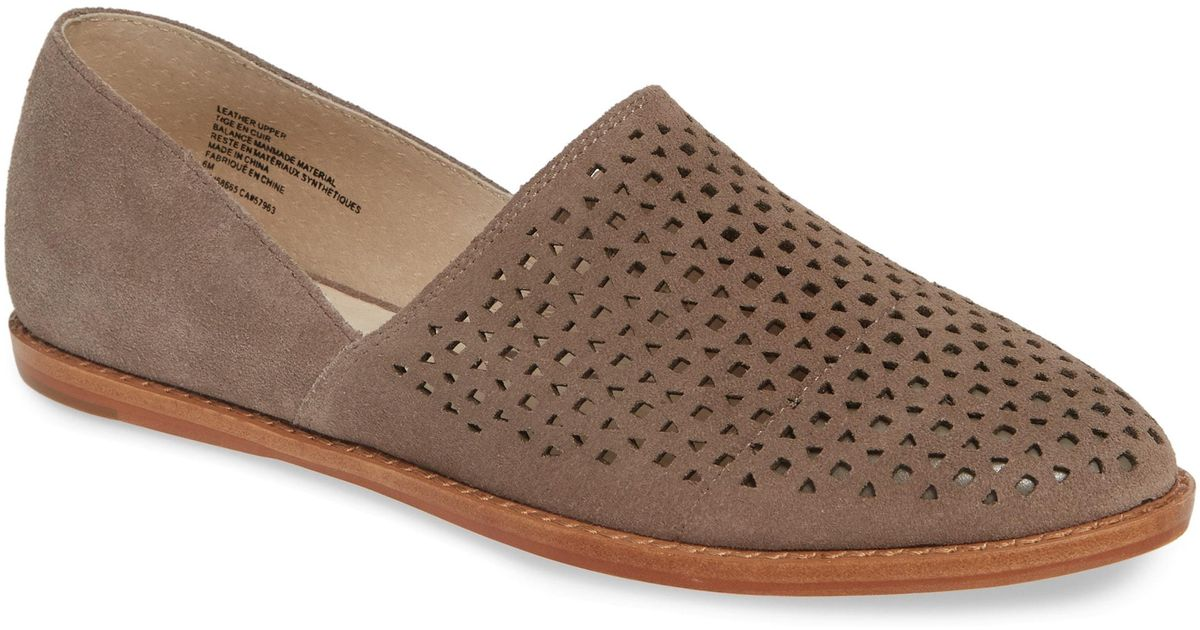 94e62220296 Lyst - Caslon Caslon Adrian Perforated Flat in Brown