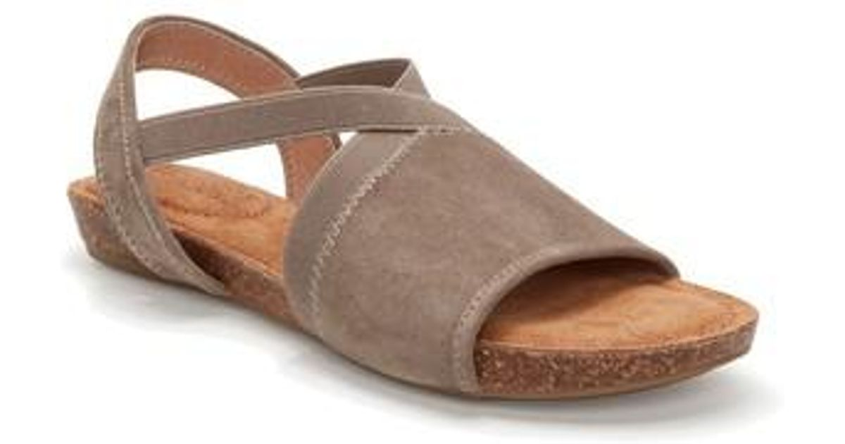 Me Too Nadina Suede Flat Sandals MiE0spMOvO