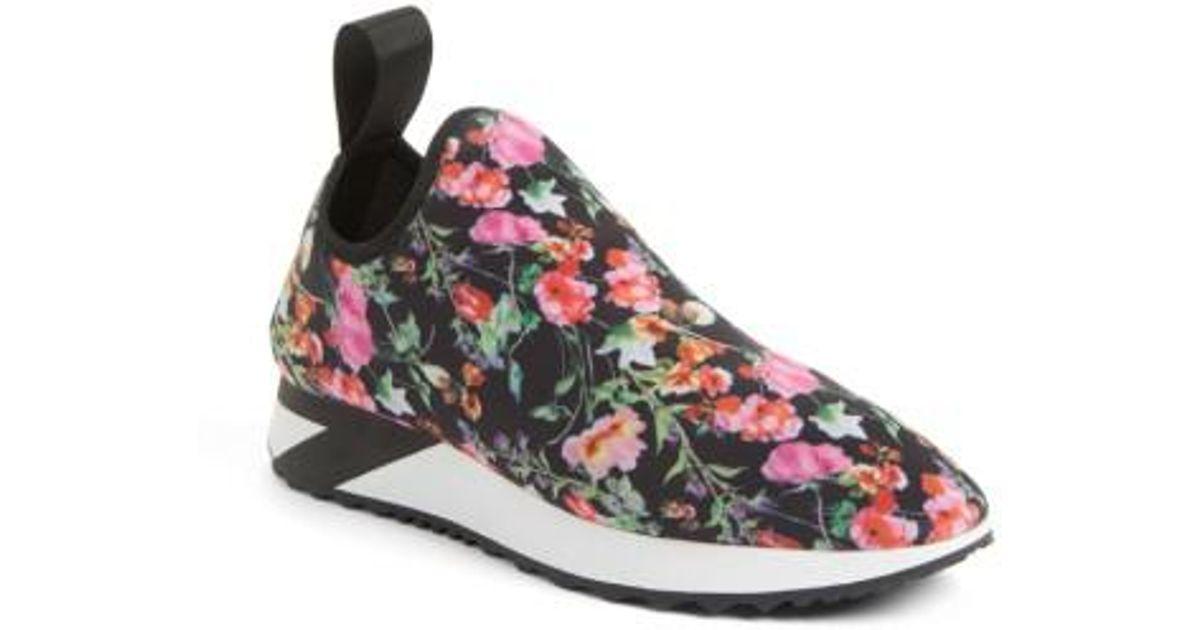 bf90a47c915 Lyst - Steve Madden Speed Slip-on Sneaker in Pink