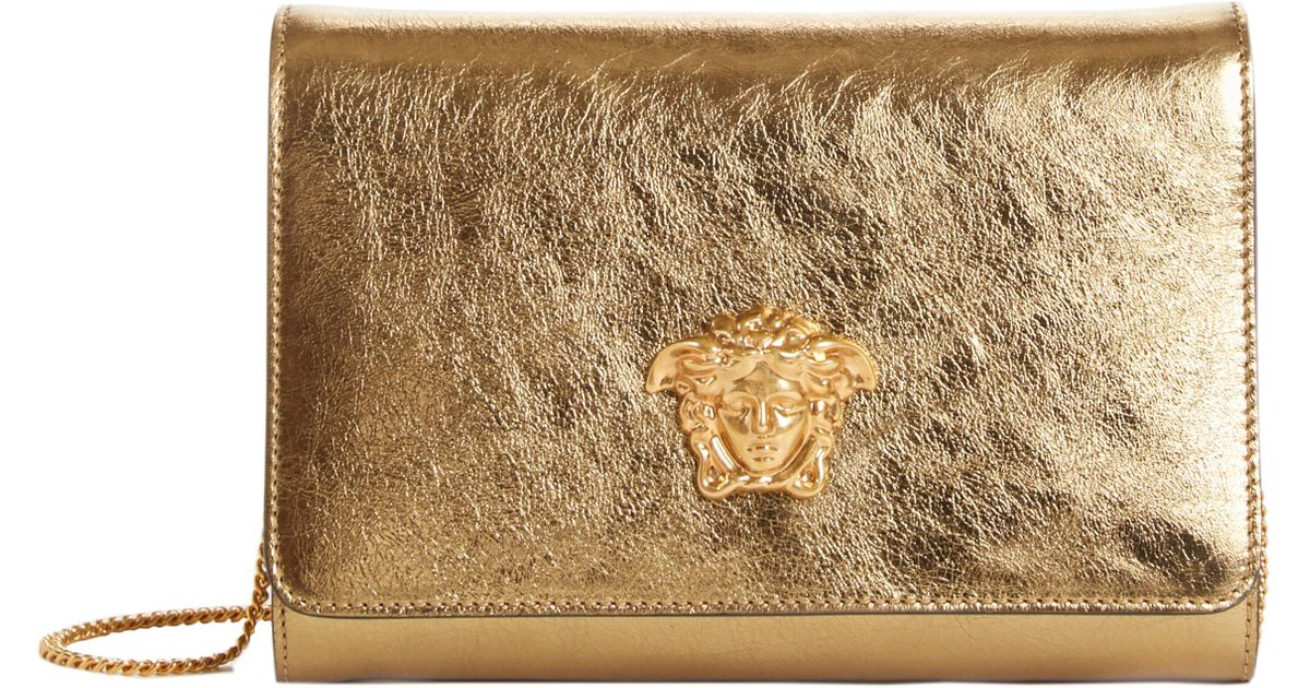 3f2b6a4c86 Lyst - Versace Palazzo Metallic Leather Clutch - in Metallic