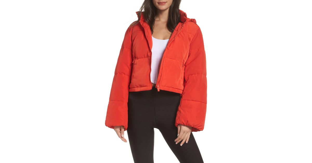 a1dfcd2d2d Alo Yoga Introspective Quilted Cropped Jacket in Red - Save 25% - Lyst