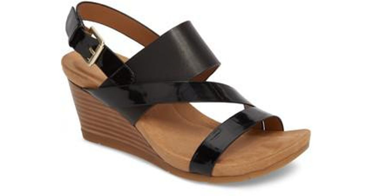 Vail Patent Leather Wedge Sandals jzfpBHH