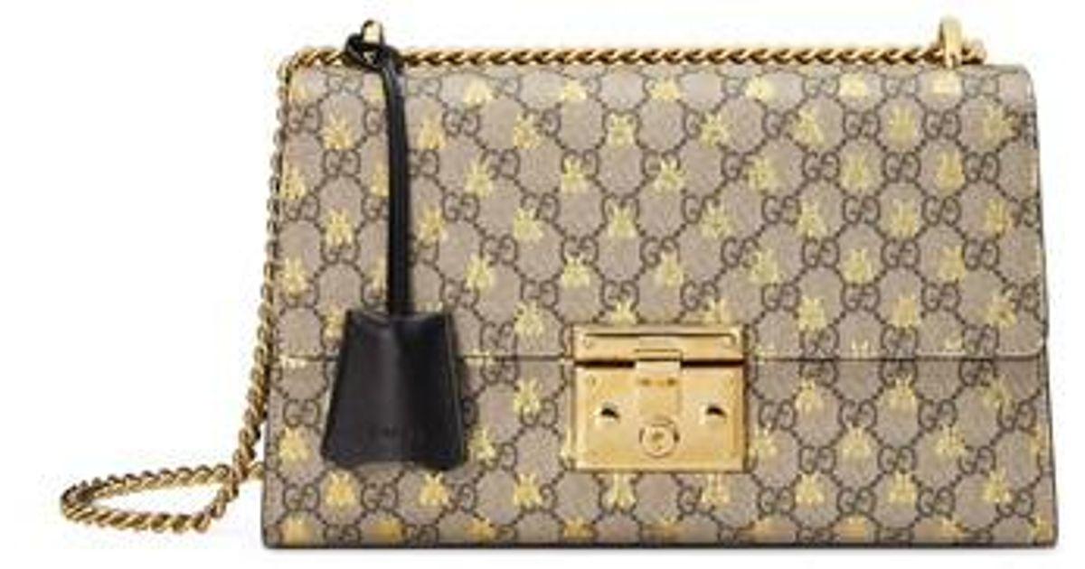 320bf76a36bd Gucci Medium Padlock Gg Supreme Bee Shoulder Bag in Natural - Lyst