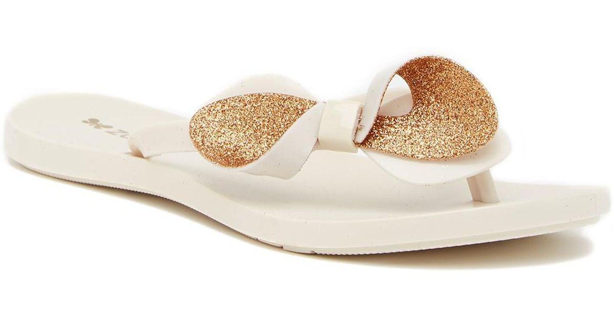 026b00738cc0a7 ... Lyst - Zaxy Fresh Trip Flip Flop Sandal in Natural on feet images of  6dc7e 9c93b ...