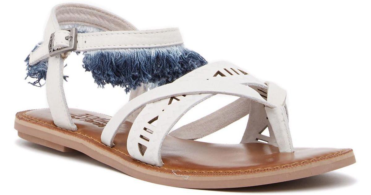 TOMS Lexie Fringe Leather Thong Sandal BCvmH