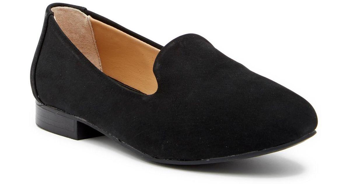 Adam Tucker Yalec Nubuck Loafer - Wide Width Available 4rtkV
