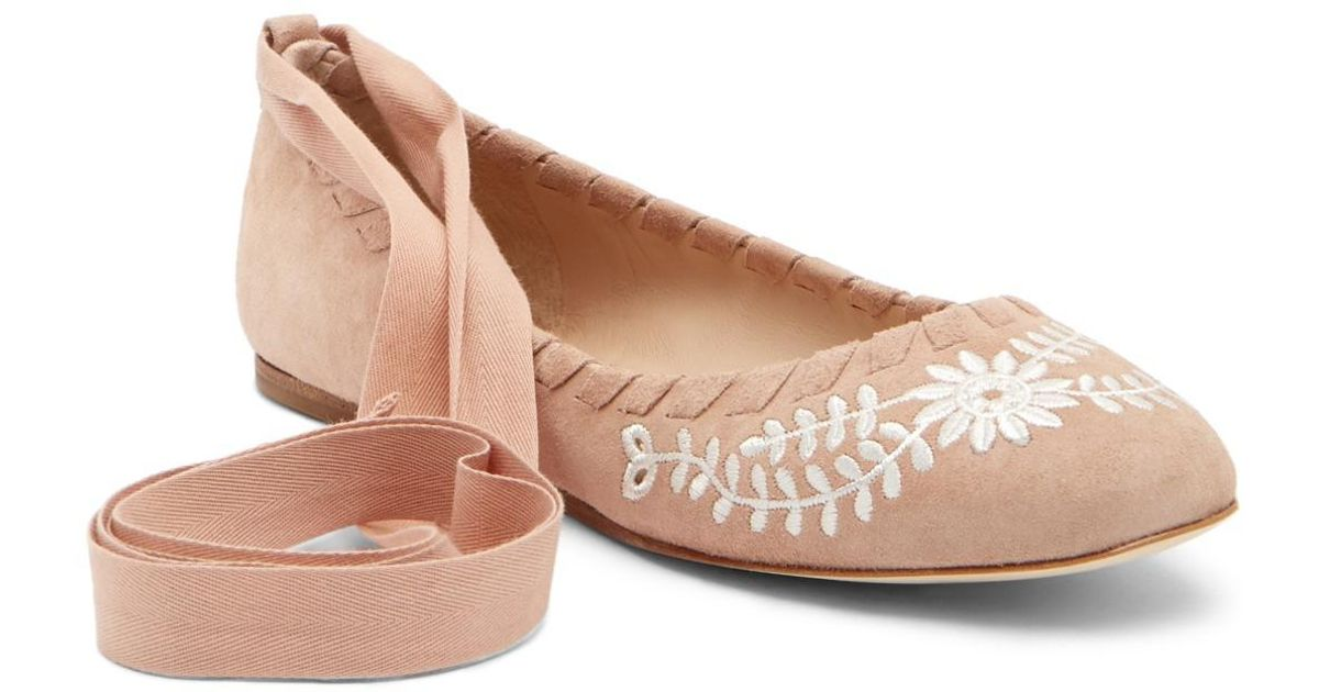 Via Spiga Baylie Embroidered Suede Flat IIVZdO