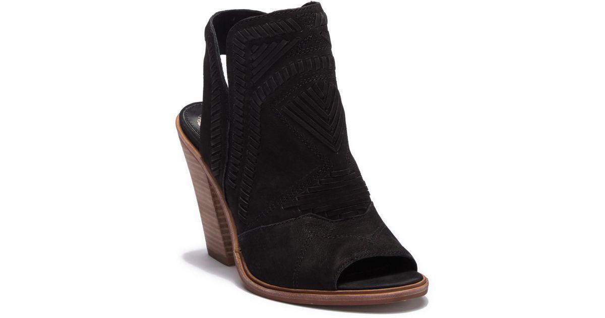 e5e773d4cc Lyst - Vince Camuto Karinta Block Heel Bootie (women) in Black