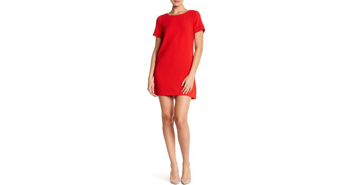 7a9cbf890d Bobeau Short Sleeve Crepe Shift Dress in Red - Lyst