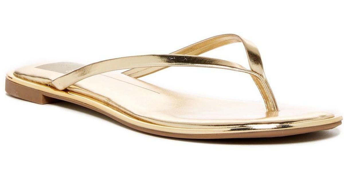 Dolce Vita Polli Studded Thong Sandal ZbXEWE