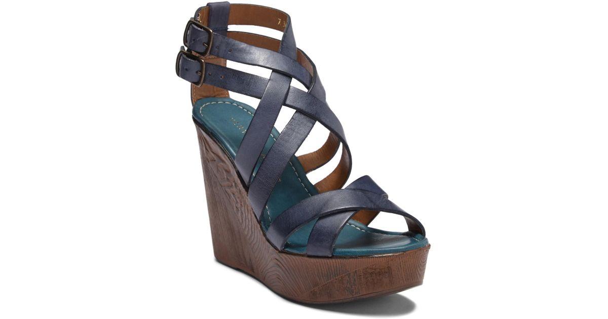 Very Volatile Ultimate Platform Wedge Sandal MgAUcE