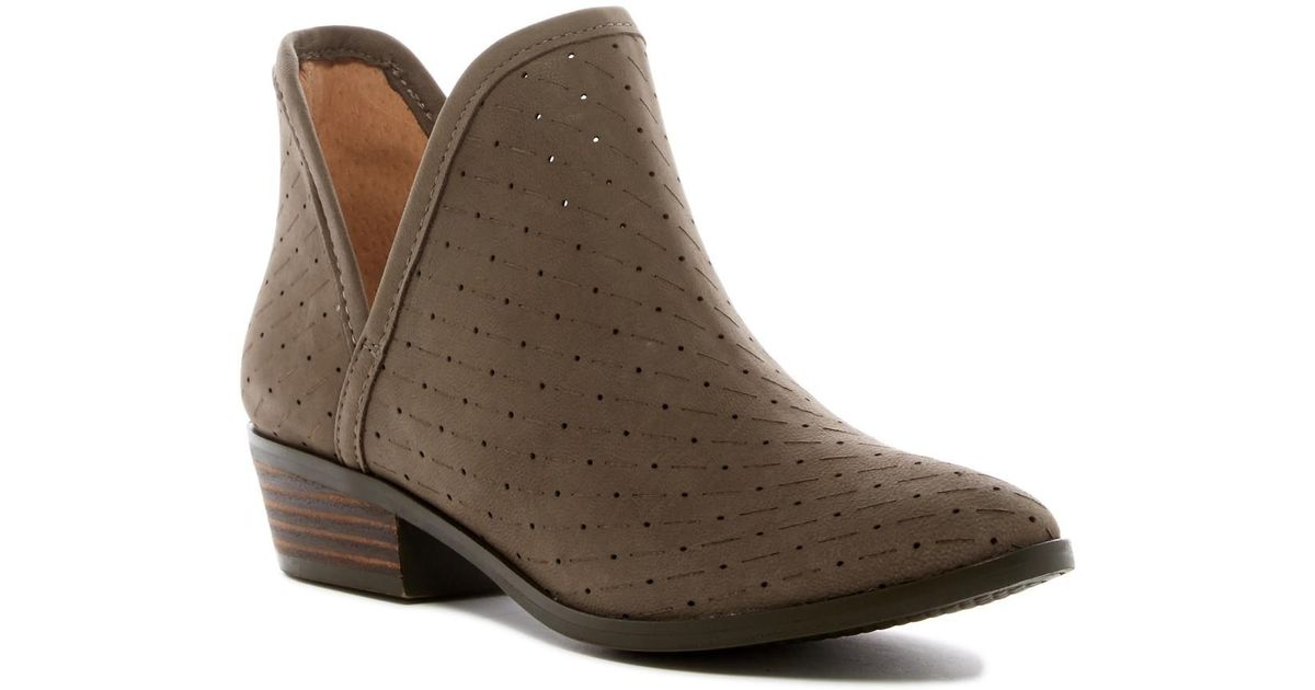 25f0644be8cf42 Lyst - Lucky Brand Kelbie 2 Bootie in Brown