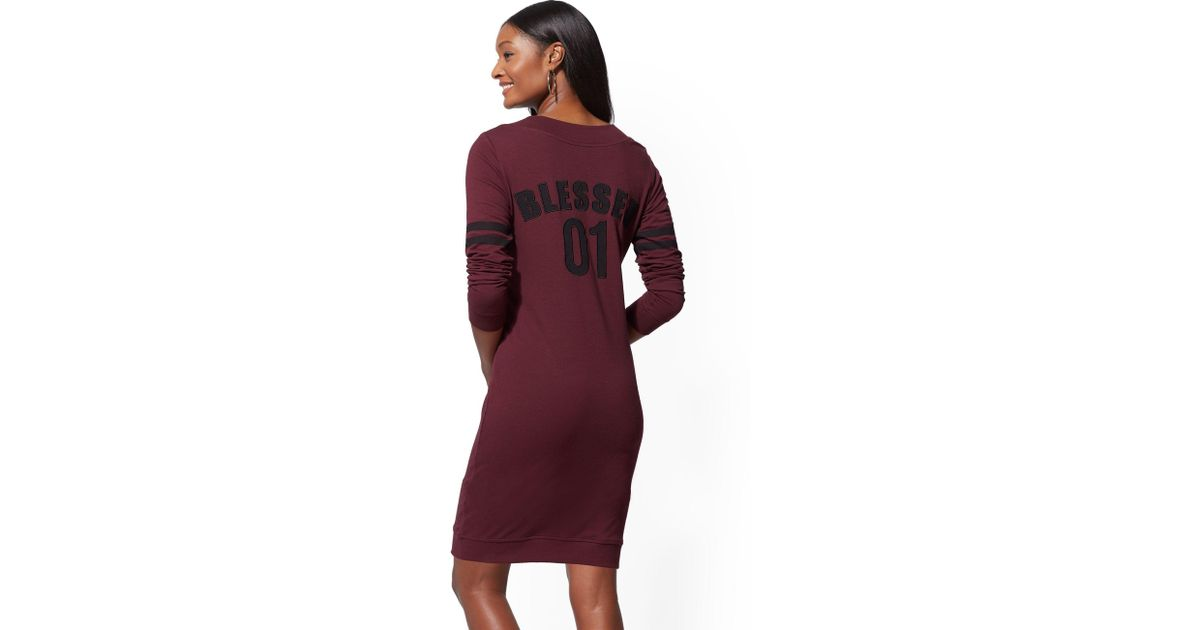 f075f3c122d Lyst - New York   Company Soho Street - V-neck Sweatshirt Dress in Purple