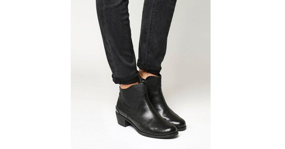 25ecb9ee894 Ugg - Black Penelope Ankle Boot - Lyst