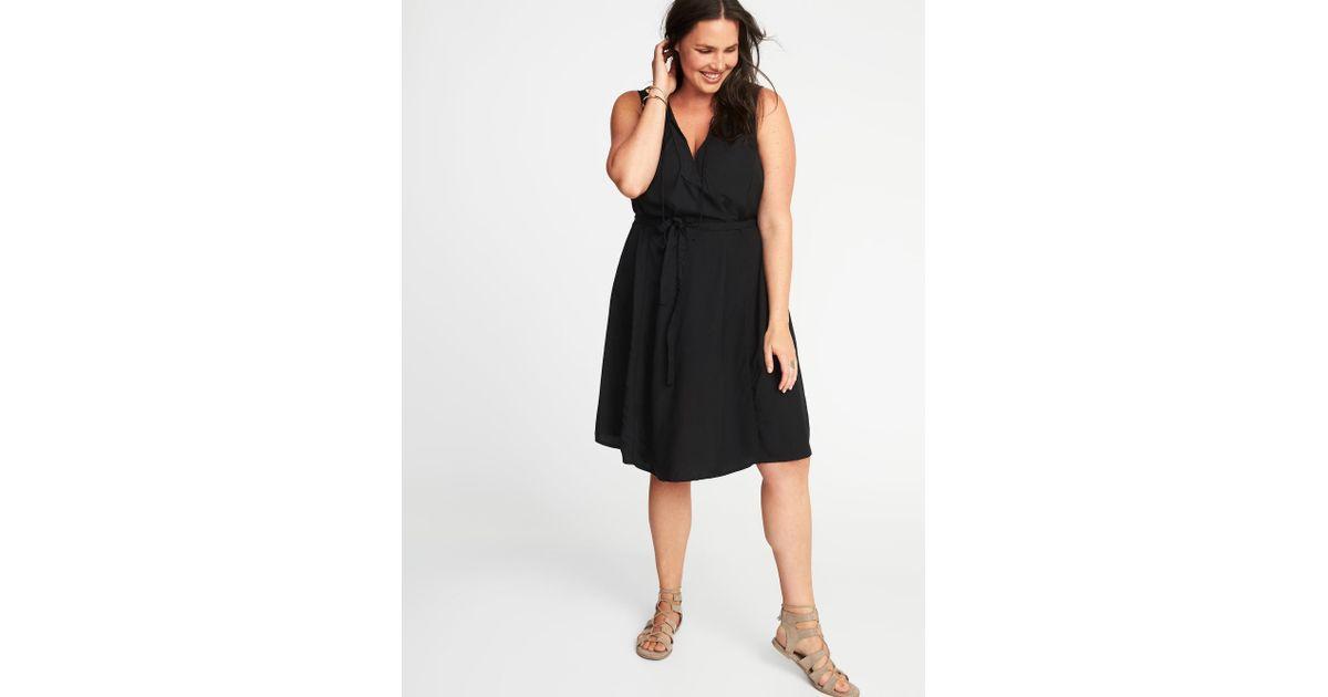 Old Navy Sleeveless Plus-size V-neck Swing Dress in Black - Lyst