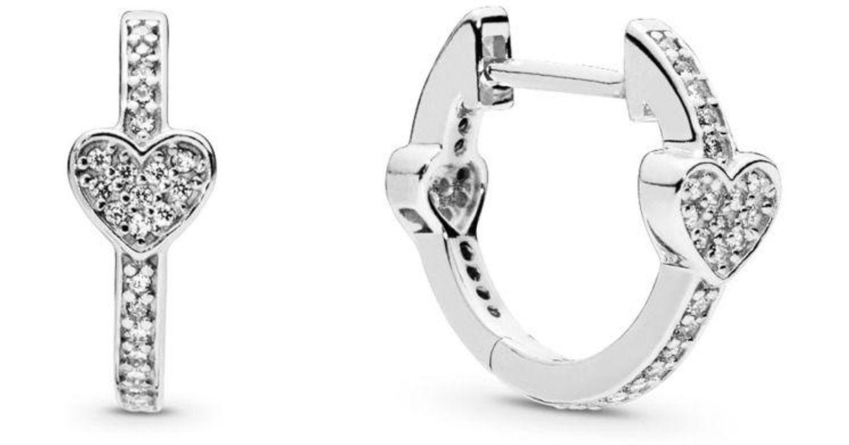 4a9049e40 PANDORA Alluring Hearts Hoop Earrings in Metallic - Lyst