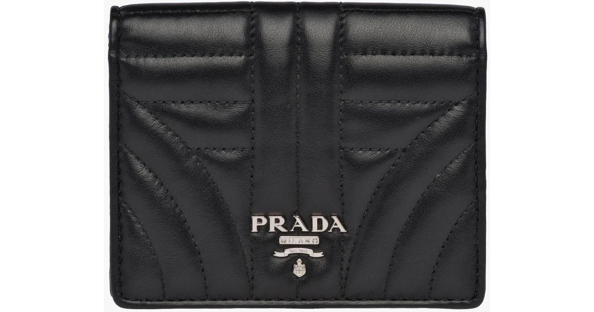 bb2bfd290220c4 Prada Small Leather Wallet in Black - Lyst