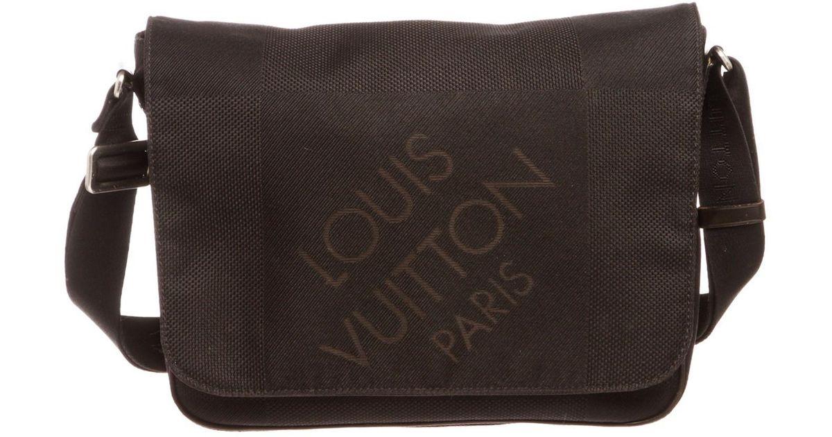 8b661aab9f26 Lyst - Louis Vuitton Black Damier Geant Canvas Petit Messenger Bag in Black