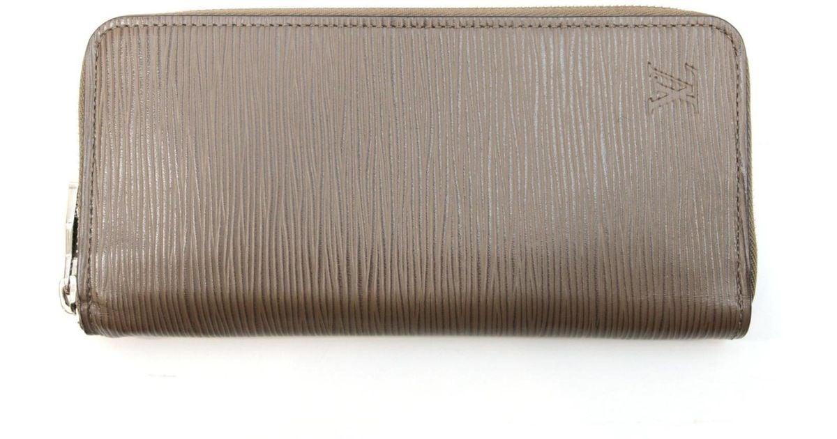 9cbf12b3579b Lyst - Louis Vuitton Epi Leather Zippy Wallet Velical Long Wallet M60967 in  Brown