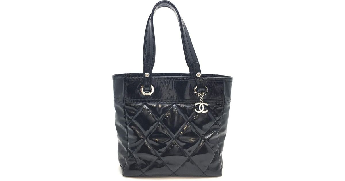 7f6b0dc11dd45d Lyst - Chanel Quilted Patent Leather Shoulder Bag Black in Black