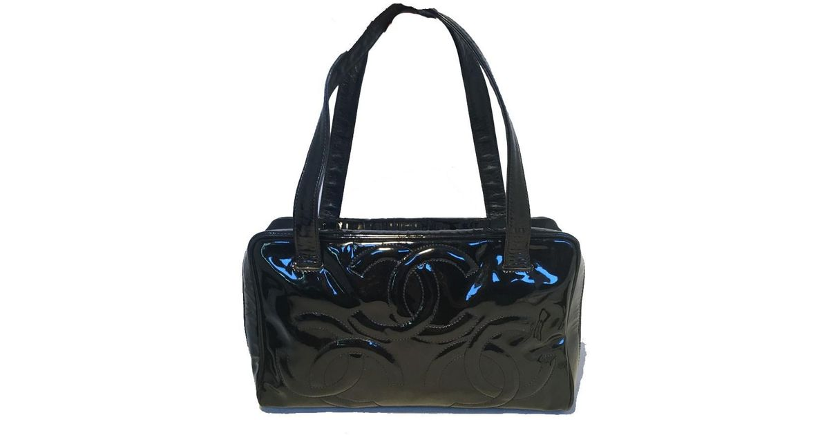 73e35a957189 Lyst - Chanel Black Patent Leather Quilted Cc Logo Handbag in Black
