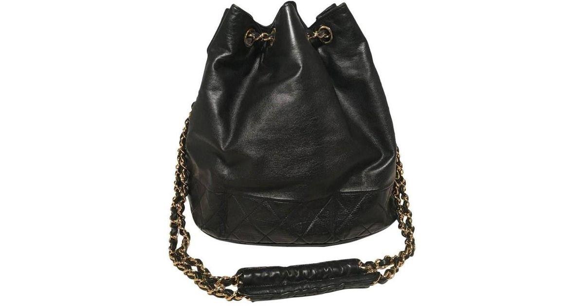 11b648e608ab35 Chanel Vintage Black Leather Drawstring Bucket Shoulder Bag in Black - Lyst