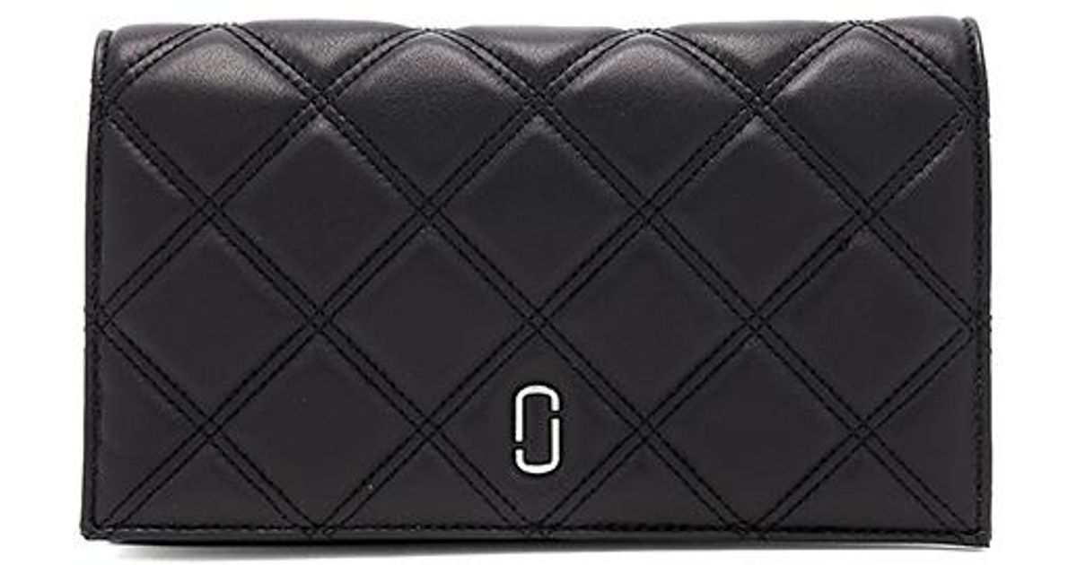 f199b509f73a7 Marc Jacobs Double J Matelasse Wallet On Chain in Black - Lyst