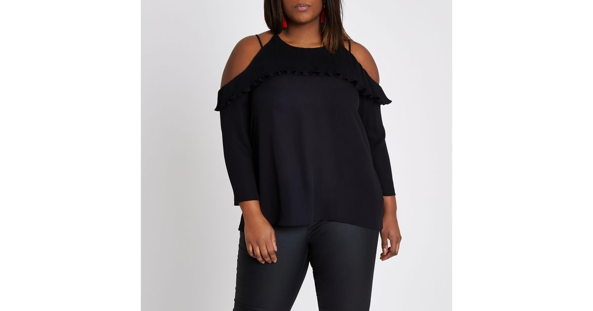 80be2454aae83 Lyst - River Island Plus Black Plisse Frill Cold Shoulder Top in Black
