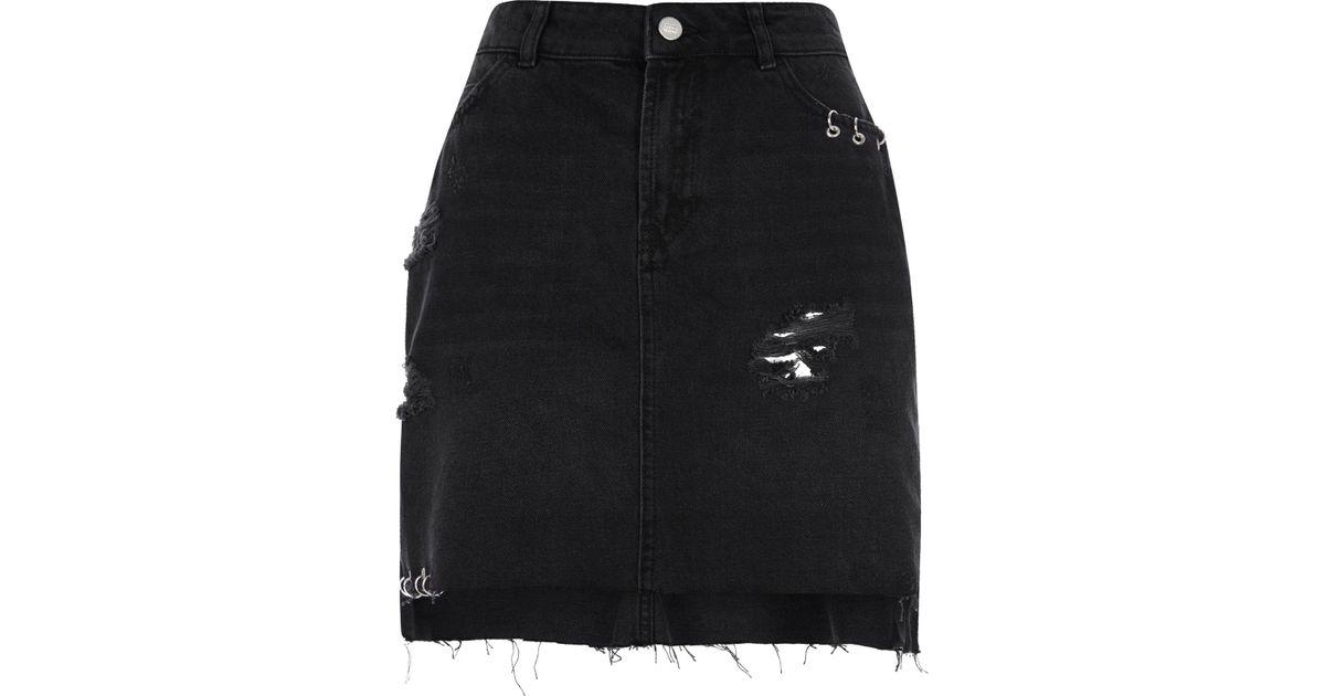 a586b5aa13 River Island Black Ripped Eyelet Ring Denim Skirt in Black - Lyst
