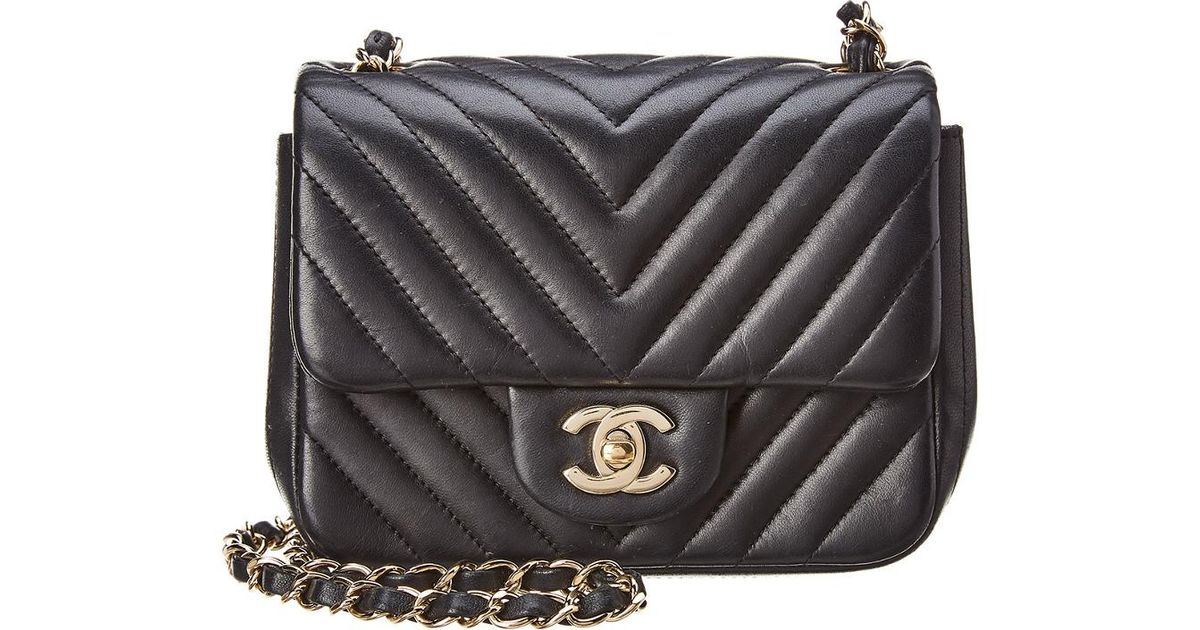 8d8d470a6f30 Chanel Black Quilted Lambskin Leather Chevron Mini Flap Bag in Black - Lyst