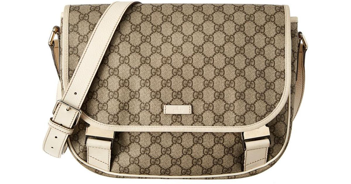 425b0b5ca653 Lyst - Gucci Gg Supreme Canvas & White Leather Medium Messenger
