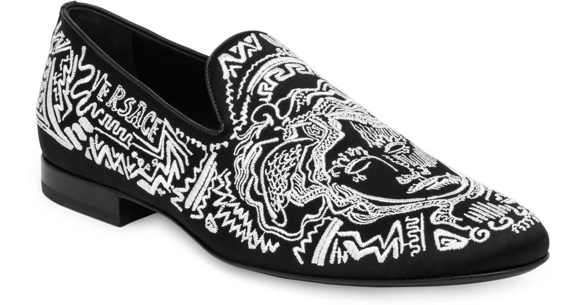 c6b2b9751d0 Lyst - Versace Medusa Embroidered Suede Loafers in Black