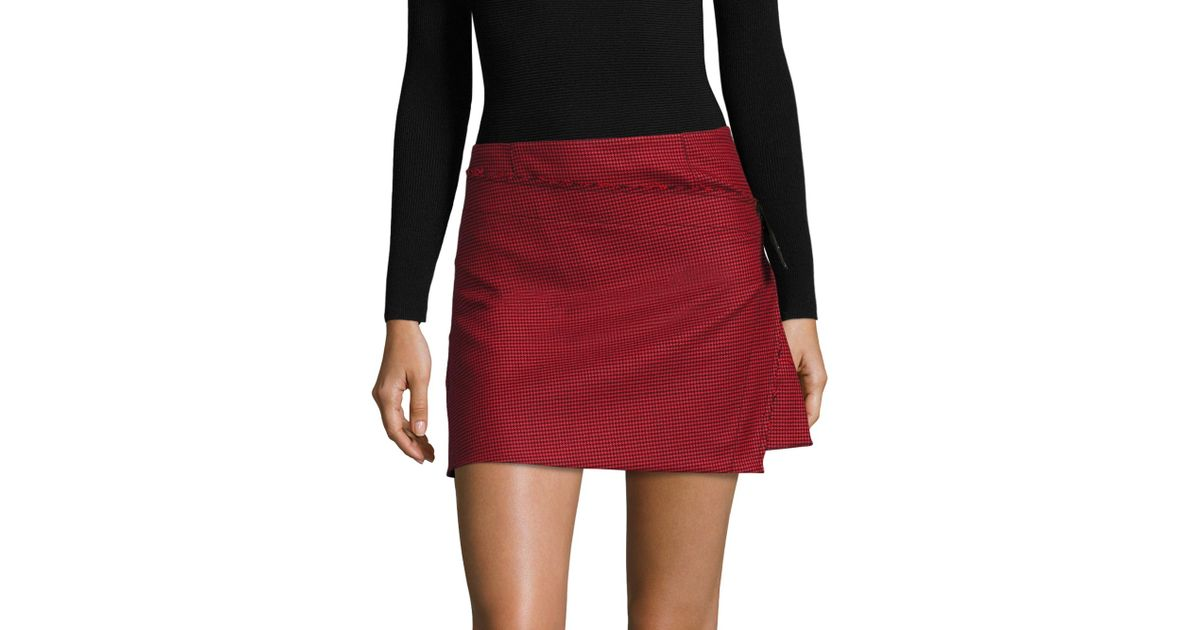 0afa517e54 Helmut Lang Houndstooth Pleated Mini Skirt in Red - Lyst