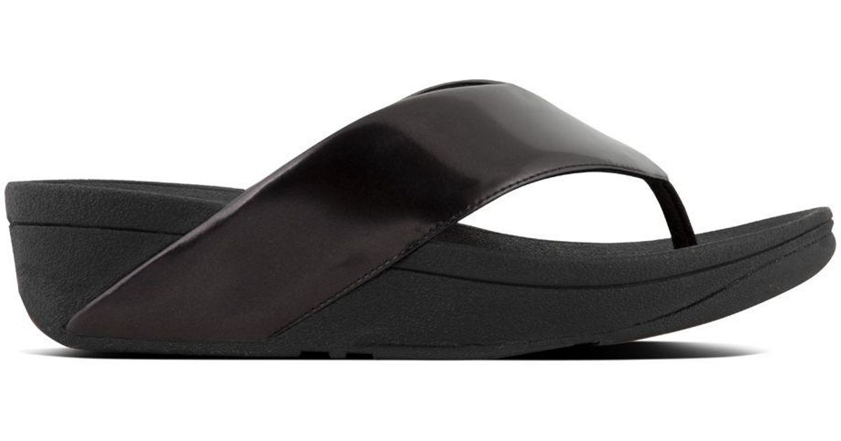 22d96471d42fd Fitflop - Black Swoop Toe Thong Sandals - Lyst