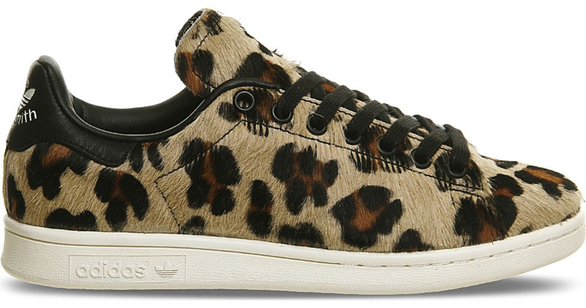 80ab2cb1a4c2 Lyst - adidas Originals Stan Smith Leopard-print Pony-hair Trainers