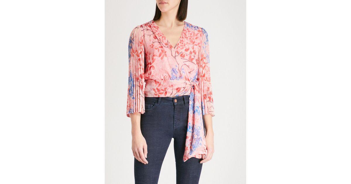 aeeebd6bb41e9 Lyst - Alice + Olivia Bray Pleated Sleeve Silk-chiffon Wrap Top in Pink