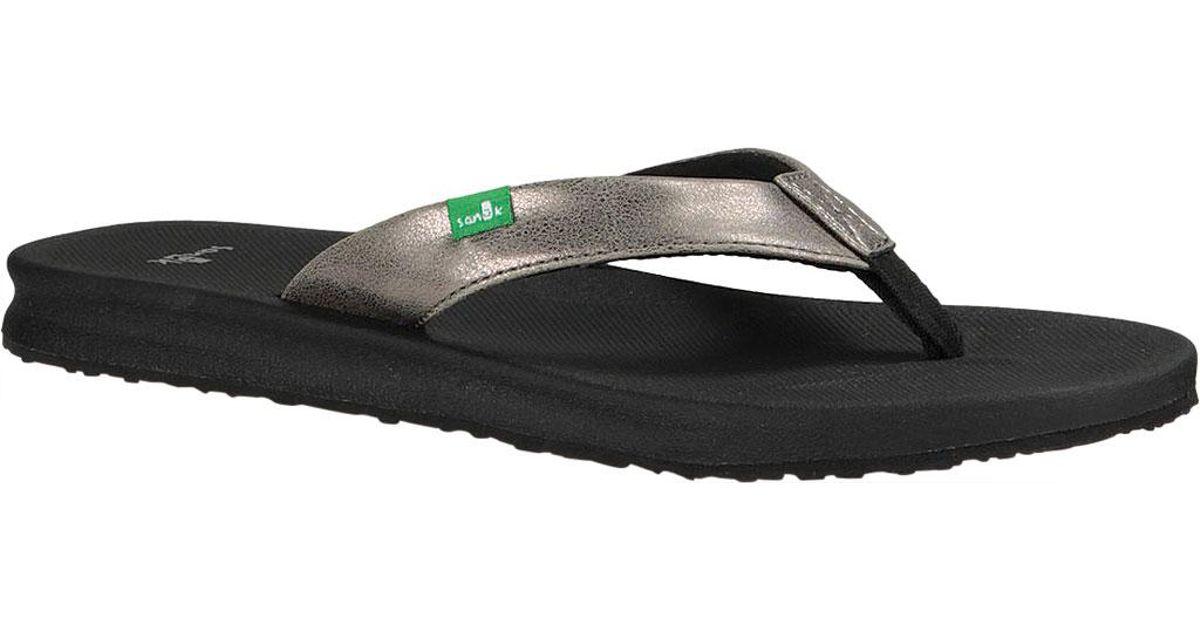 8e60bea8bffd Lyst - Sanuk Yoga Mat Wander Metallic Thong Sandal