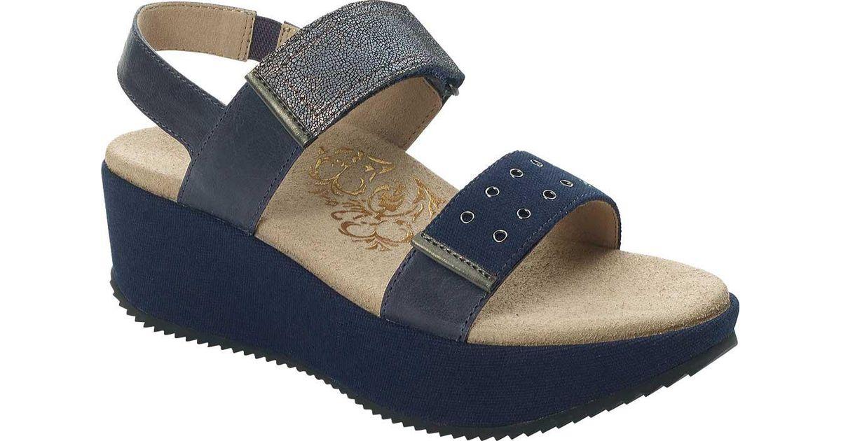 e9ea05e897b2 Lyst - Aetrex Tiffany Platform Sandal in Blue