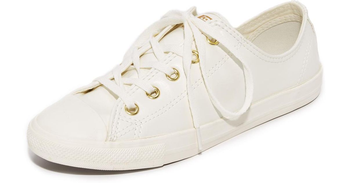 7ca3466891a5 Lyst - Converse Chuck Taylor All Star Dainty Ox Sneakers
