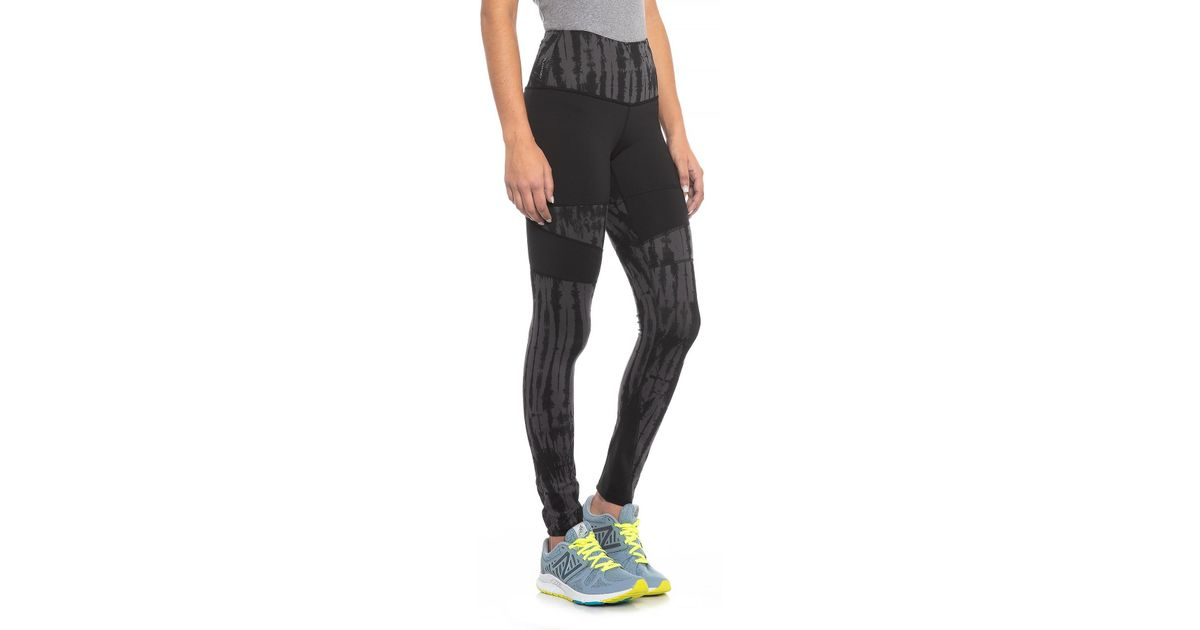 7806c523416b14 Lyst - The North Face Motivation High-rise Printed Tights (for Women) in  Black
