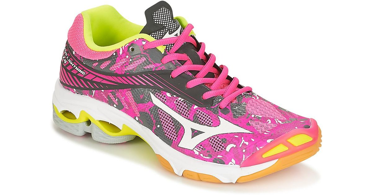2f5980ece3436 Mizuno Wave Lightning Z4 (w) Indoor Sports Trainers (shoes) in Pink - Lyst
