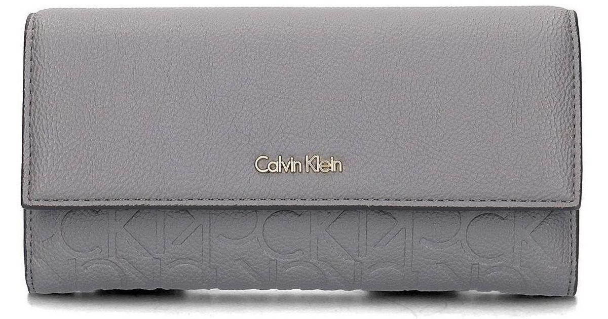 Calvin Klein Misha Large Trifold Women s Purse Wallet In Grey in Gray - Lyst c3aad80f37