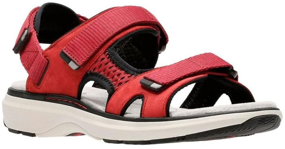 49b5161ba1b Clarks Un Roam Step Womens Sporty Sandals Women s Sandals In Red in Red -  Lyst
