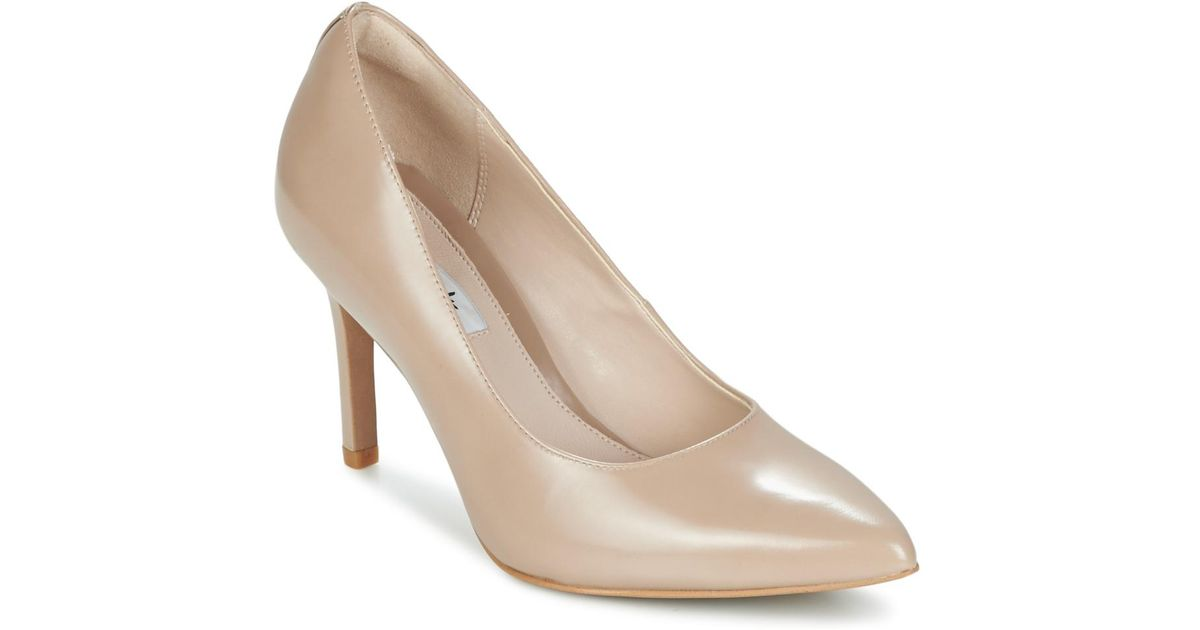 Clarks Dinah Keer Women s Court Shoes In Beige in Natural - Lyst 41dbc2a736