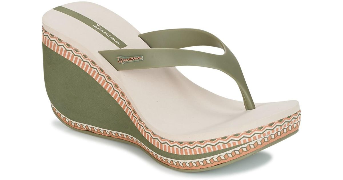 1246d1752 Ipanema Lipstick Thong Vi Flip Flops   Sandals (shoes) in Green - Lyst